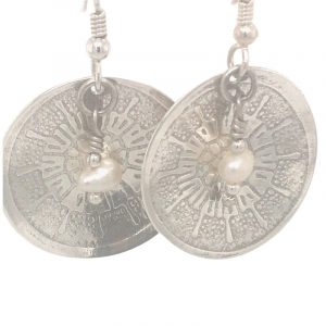 sterling-textured-disk-with-pearl-earrings
