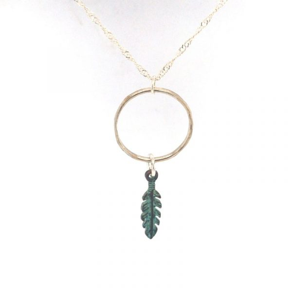 circle-necklace-with-feathers