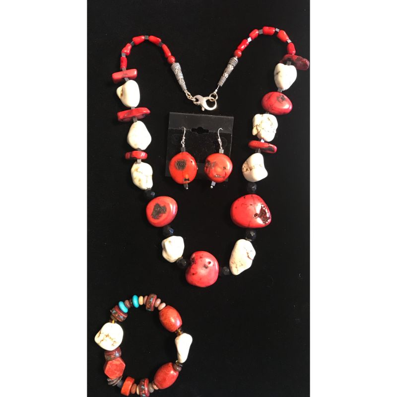 red-coral-beads-white-turquoise-beads